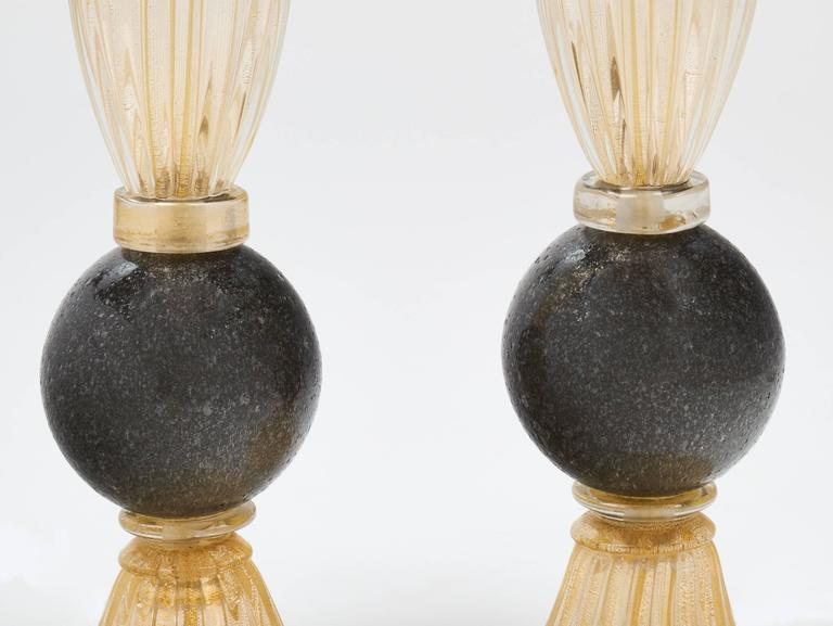 Contemporary Pair of Gold and Gray Murano Glass Table Lamps For Sale