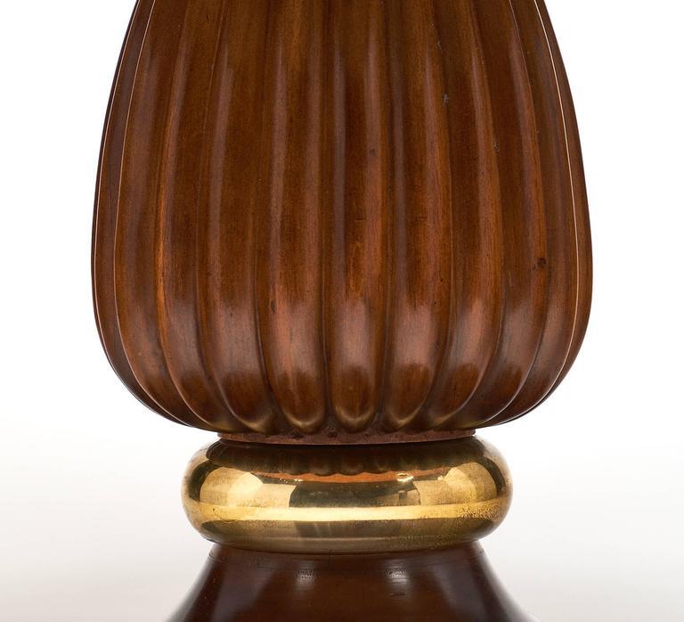 Mid-Century Italian Walnut Table Style of Paolo Buffa For Sale 2