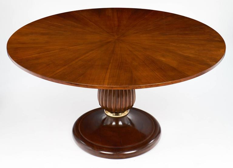Mid-Century Italian Walnut Table Style of Paolo Buffa In Excellent Condition For Sale In Austin, TX
