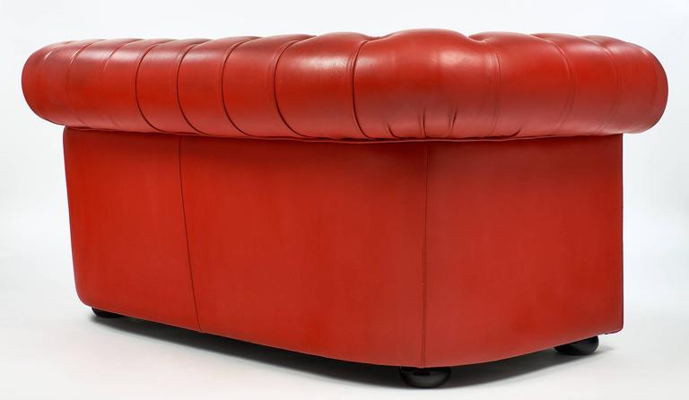 Vintage English Red Leather Chesterfield Couch For Sale 3