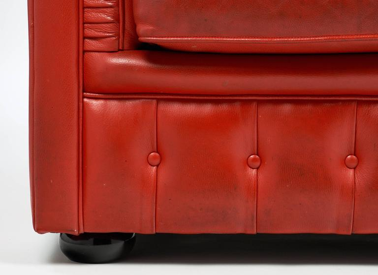 Vintage English Red Leather Chesterfield Couch For Sale 5