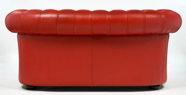 Vintage English Red Leather Chesterfield Couch For Sale 4