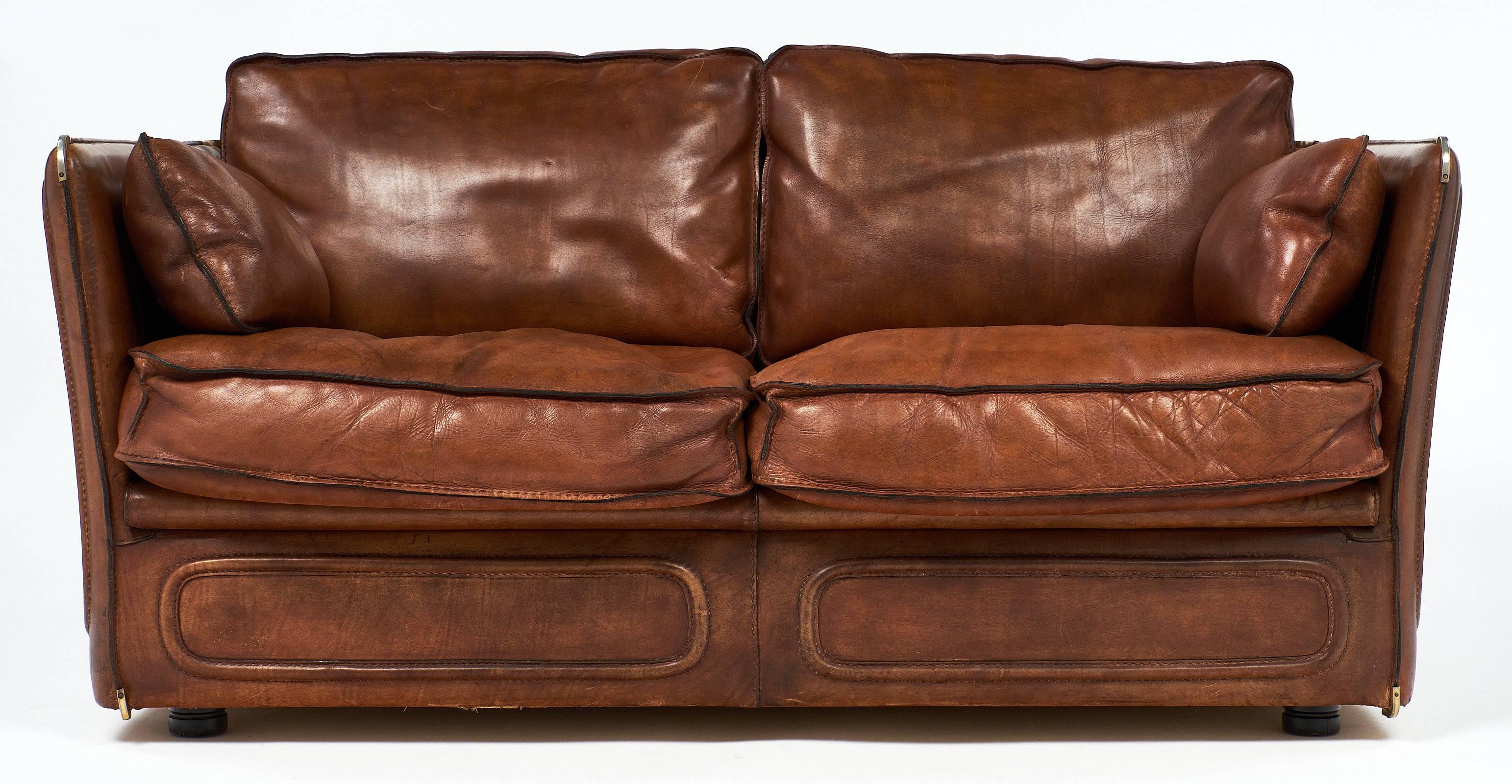balencia brown traditional leather dark products loveseat loveseats classic