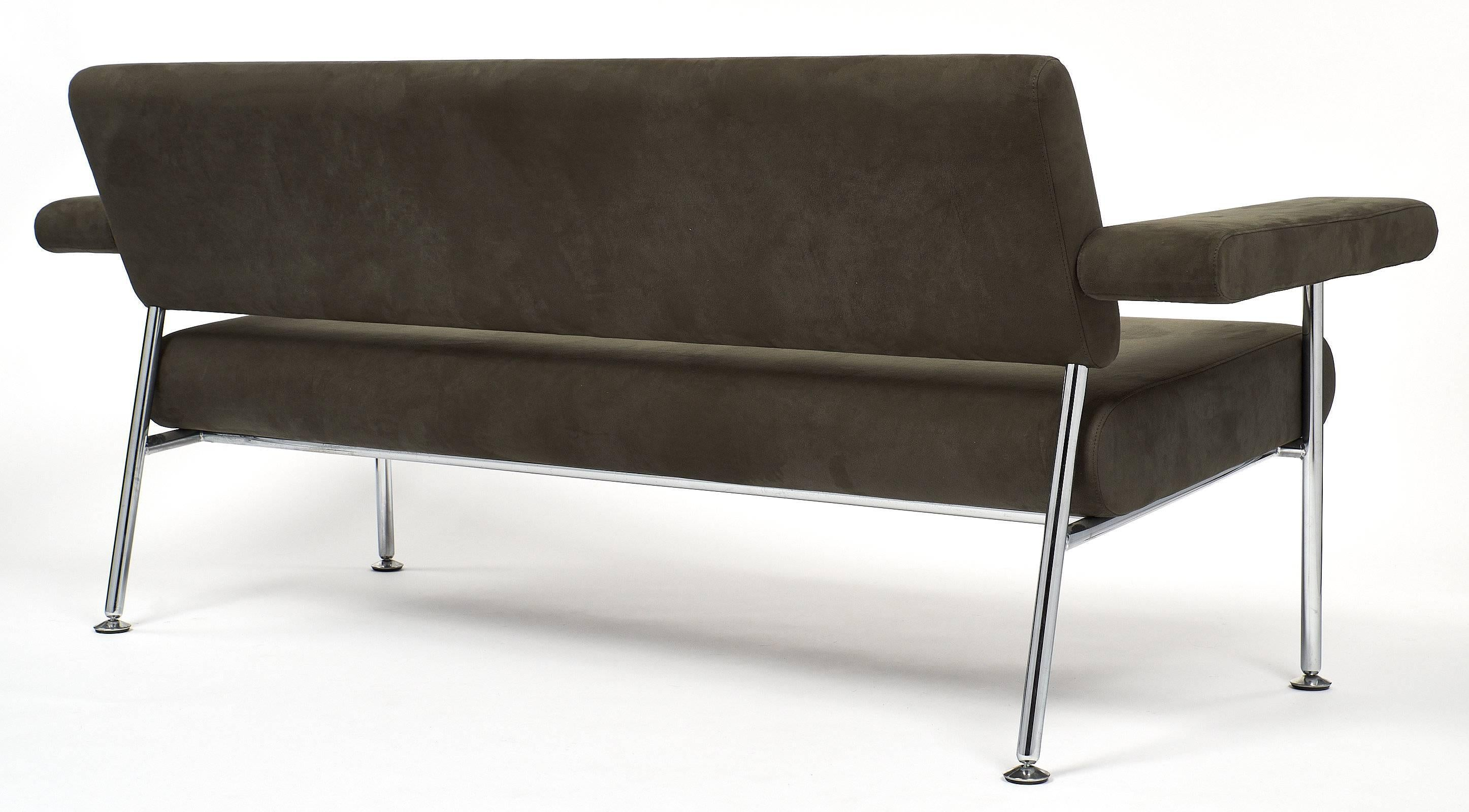 Chrome And Ultrasuede Vintage Modernist Sofa For Sale 4