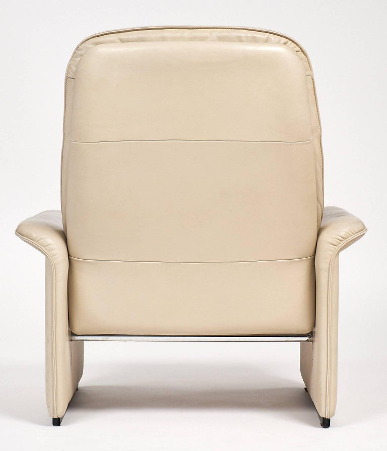 De Sede Cream Leather Armchairs For Sale 4