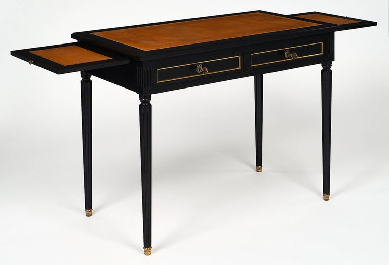 Louis XVI Style French Antique Style Writing Desk In Excellent Condition  For Sale In Austin, - Louis XVI Style French Antique Style Writing Desk At 1stdibs