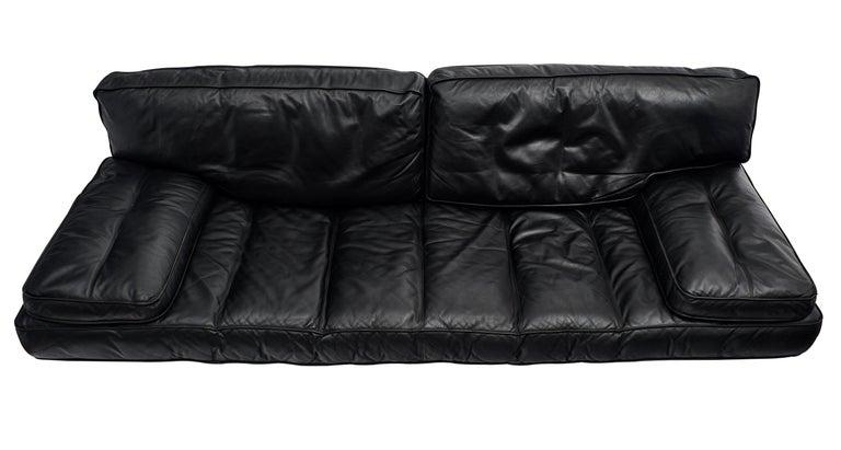 Italian Leather Milano 210 Sofa by Zanotta In Excellent Condition For Sale In Austin, TX