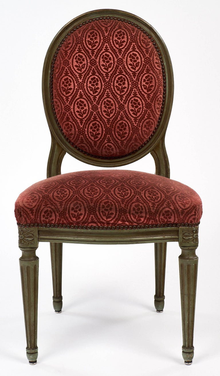 Pair of French Antique Louis XVI Style Medallion Back Chairs In Good Condition For Sale In Austin, TX