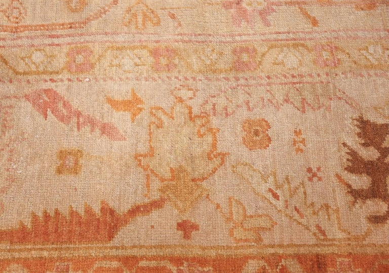 Antique Turkish Oushak Rug In Excellent Condition For Sale In New York, NY