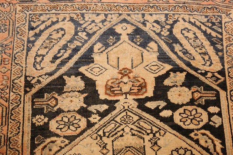 Small Antique Persian Malayer Rug In Good Condition For Sale In New York, NY