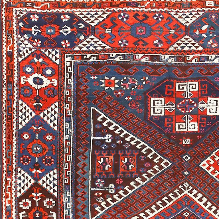 Tribal Turkish Bergama Rug In Excellent Condition For Sale In New York, NY