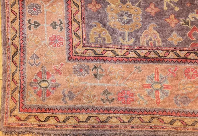 Antique Turkish Oushak Rug In Good Condition For Sale In New York, NY