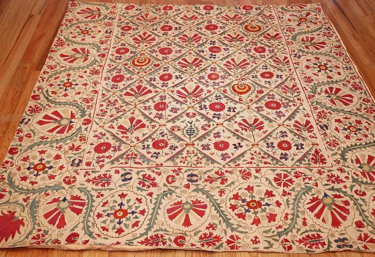 Early 19th Century Suzani Uzbek Textile For Sale 1