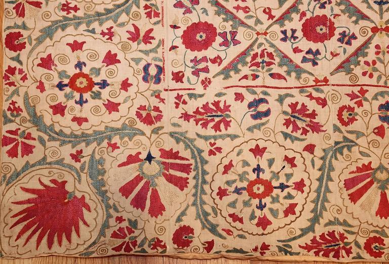 Early 19th Century Suzani Uzbek Textile For Sale 3