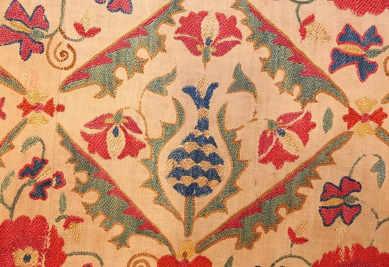 Early 19th Century Suzani Uzbek Textile For Sale 2