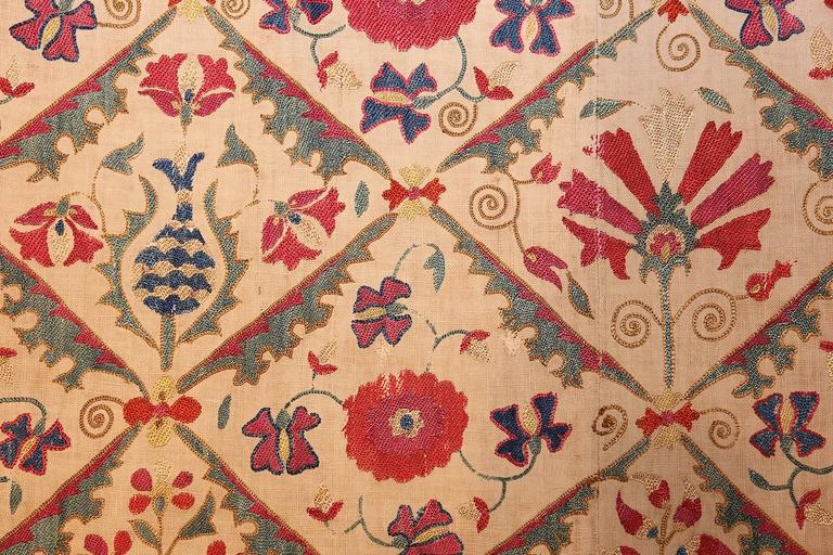 Early 19th Century Suzani Uzbek Textile For Sale 6