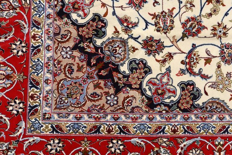 Ivory Vintage Isfahan Persian Rug 5