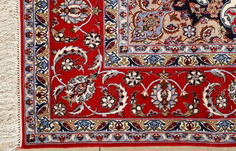 20th Century Ivory Vintage Isfahan Persian Rug For Sale