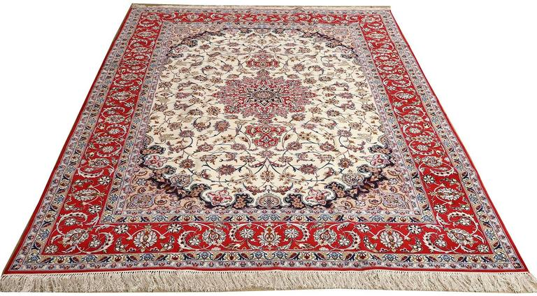 Ivory Vintage Isfahan Persian Rug For Sale 1
