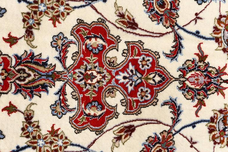 Ivory Vintage Isfahan Persian Rug For Sale 3