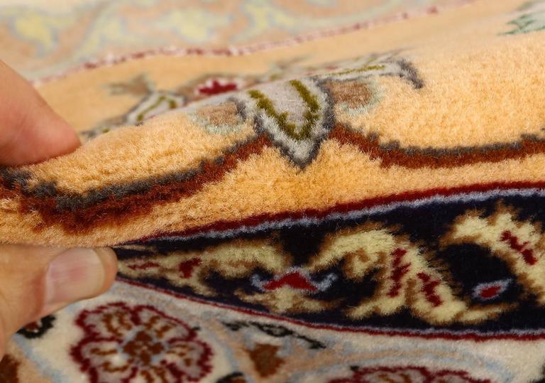 Vintage Isfahan Persian Rug 2