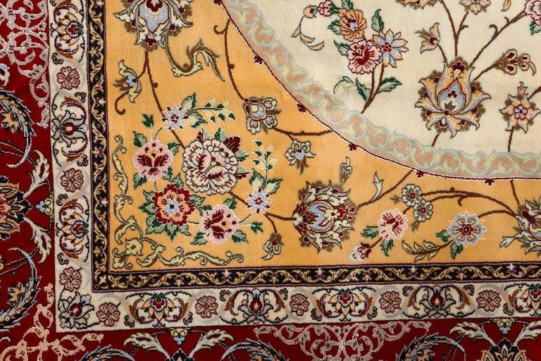 Vintage Isfahan Persian Rug 6