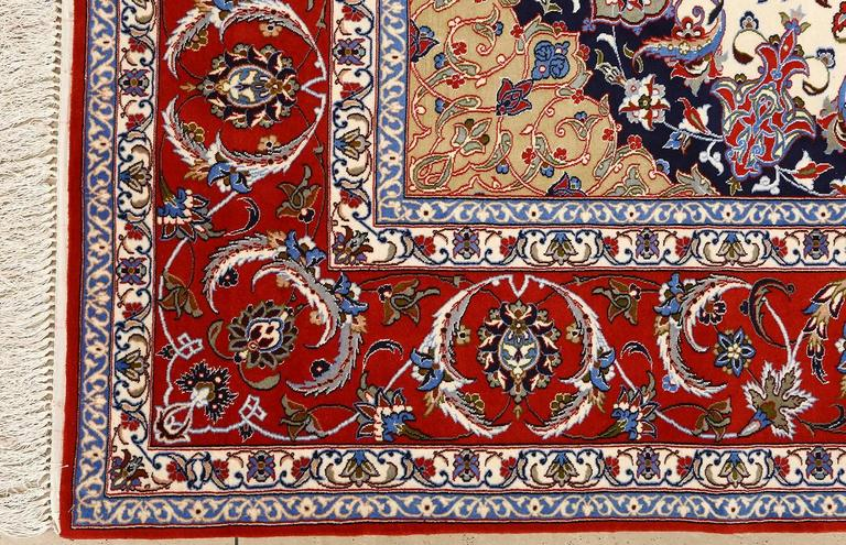 Vintage Isfahan Persian Rug 5