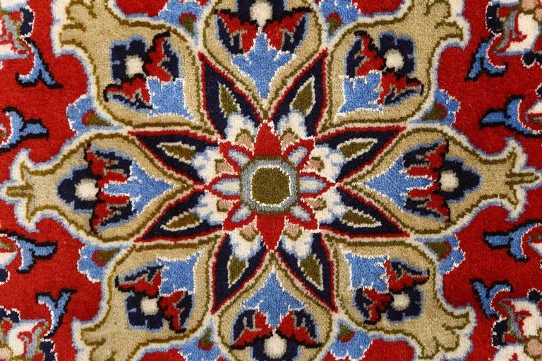 Vintage Isfahan Persian Rug 7