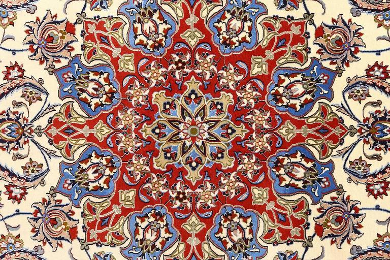 Vintage Isfahan Persian Rug 10