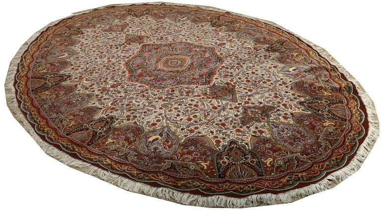 Oval Animal Motif Vintage Tabriz Persian Rug 4