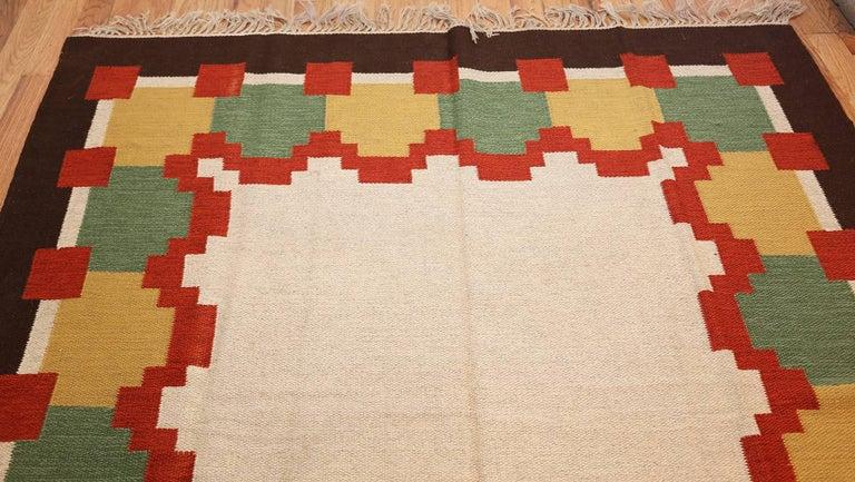 Wool Vintage Scandinavian Swedish Kilim. Size: 6 ft 1 in x 10 ft 5 in