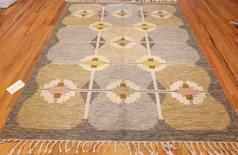 Hand-Knotted Vintage Swedish Kilim by Ingegerd Silow For Sale