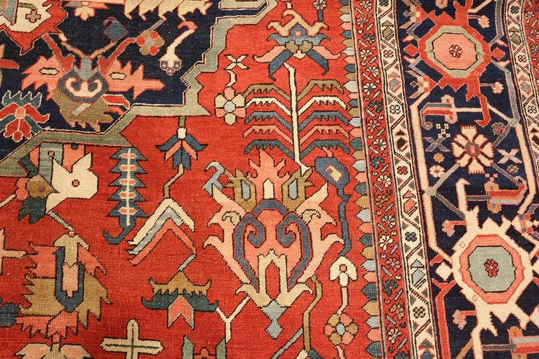 Large Oriental Antique Persian Heriz Serapi Rug In Good Condition For Sale In New York, NY