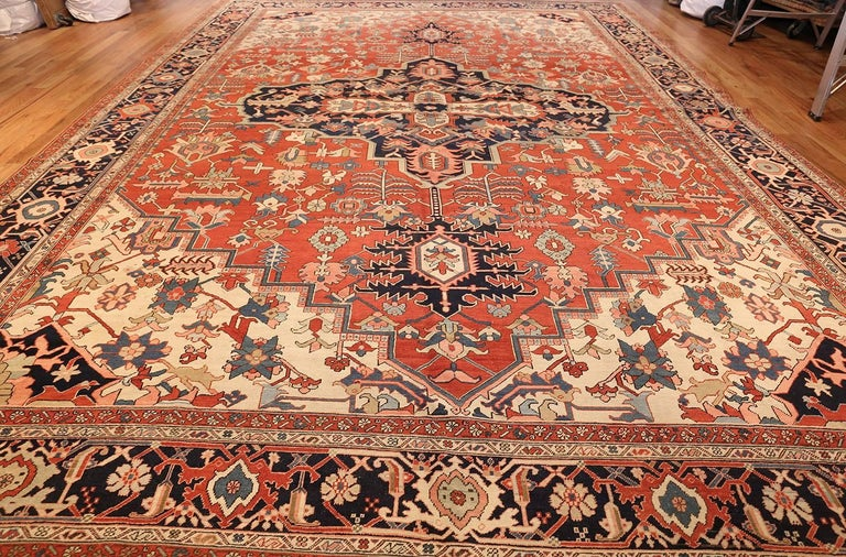 Wool Large Oriental Antique Persian Heriz Serapi Rug For Sale