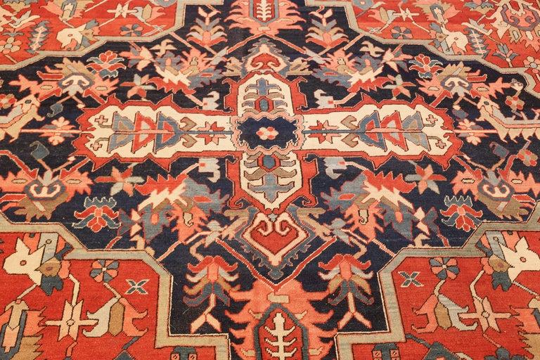 Large Oriental Antique Persian Heriz Serapi Rug For Sale 3
