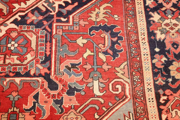 20th Century Large Oriental Antique Persian Serapi Heriz Rug For Sale
