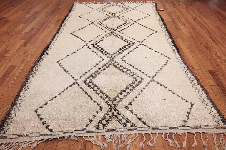 Vintage Mid-Century Moroccan Beni Ourain Rug 7