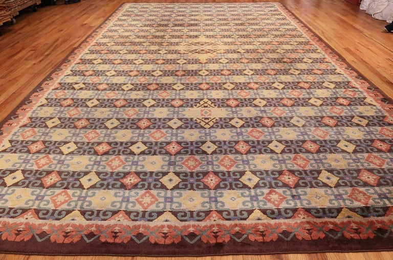 Magnificent Large Vintage Mid Century English Axminster Rug Country Of Origin Type