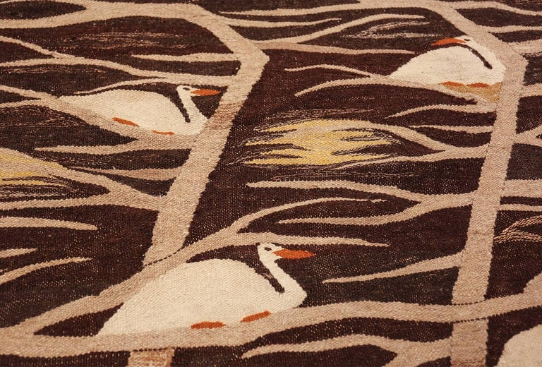 20th Century Naturalist Scene Vintage Scandinavian Kilim Rug. Size: 5 ft 9 in x 8 ft  For Sale