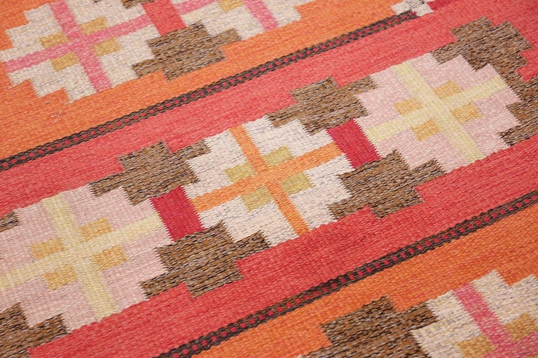 Vintage Flat-Woven Scandinavian Rug by Ingegerd Silow In Excellent Condition For Sale In New York, NY