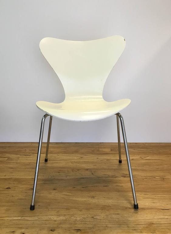 White Arne Jacobsen Chairs Manufactured By Fritz Hansen In 1991. In Good  Vintage Condition;