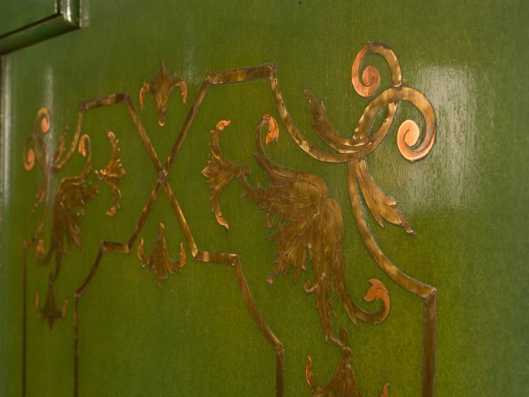French Folding Deco Green Lacquered Screen with Metal Inlay For Sale