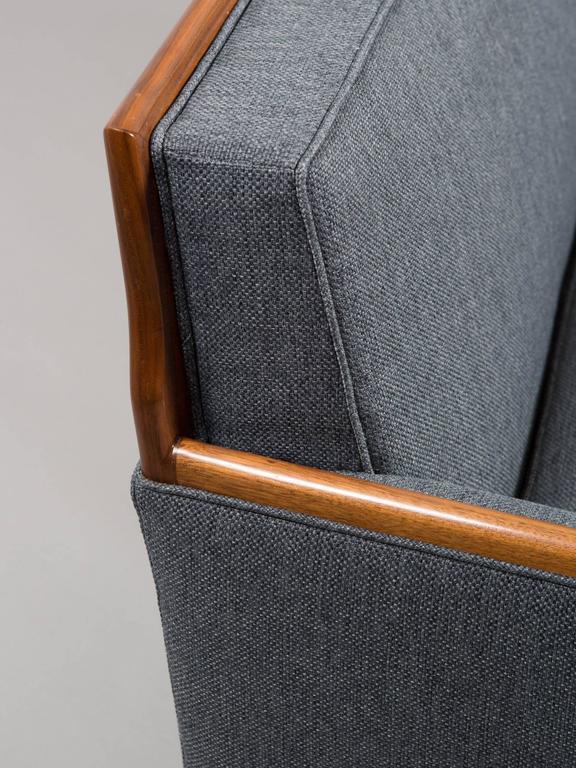 Robsjohn-Gibbings Style Mid-Century Modern Settee For Sale 3