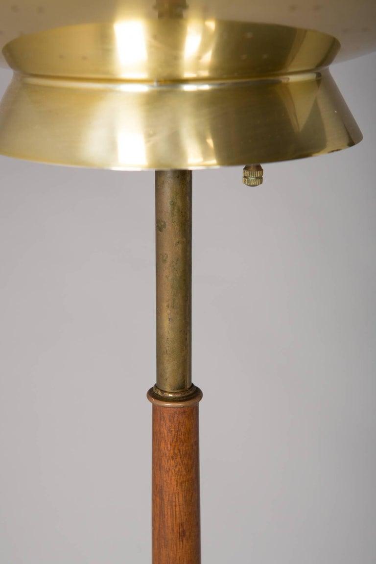 1950s Mid-Century Modern Italian Floor Lamp For Sale 2