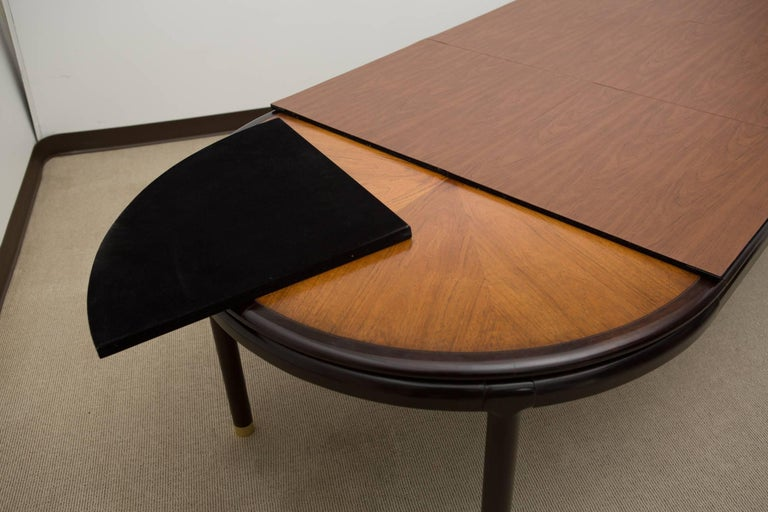 Midcentury Dining Table with Two Leaves For Sale 2