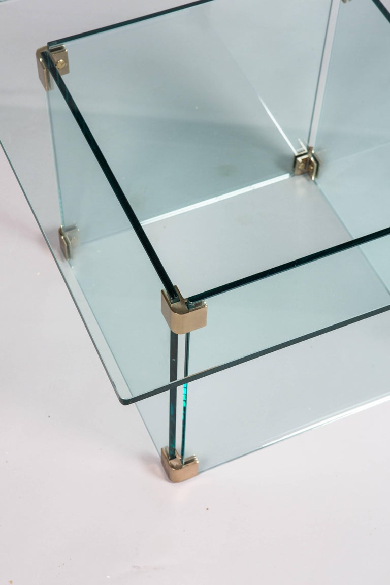 Sculptural Pace Collection Glass and Chrome Side Table In Good Condition For Sale In New York, NY