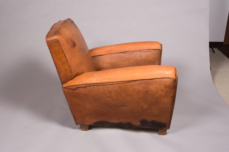 1970s Beautifully Distressed Beat-Up Leather Chair For Sale 3