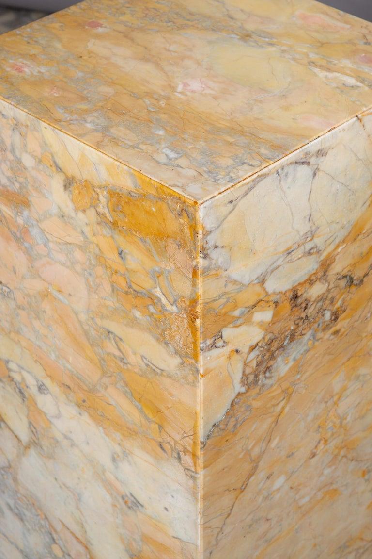Mid-Century Modern Ochre and Tan Midcentury Marble Italian Pedestal For Sale