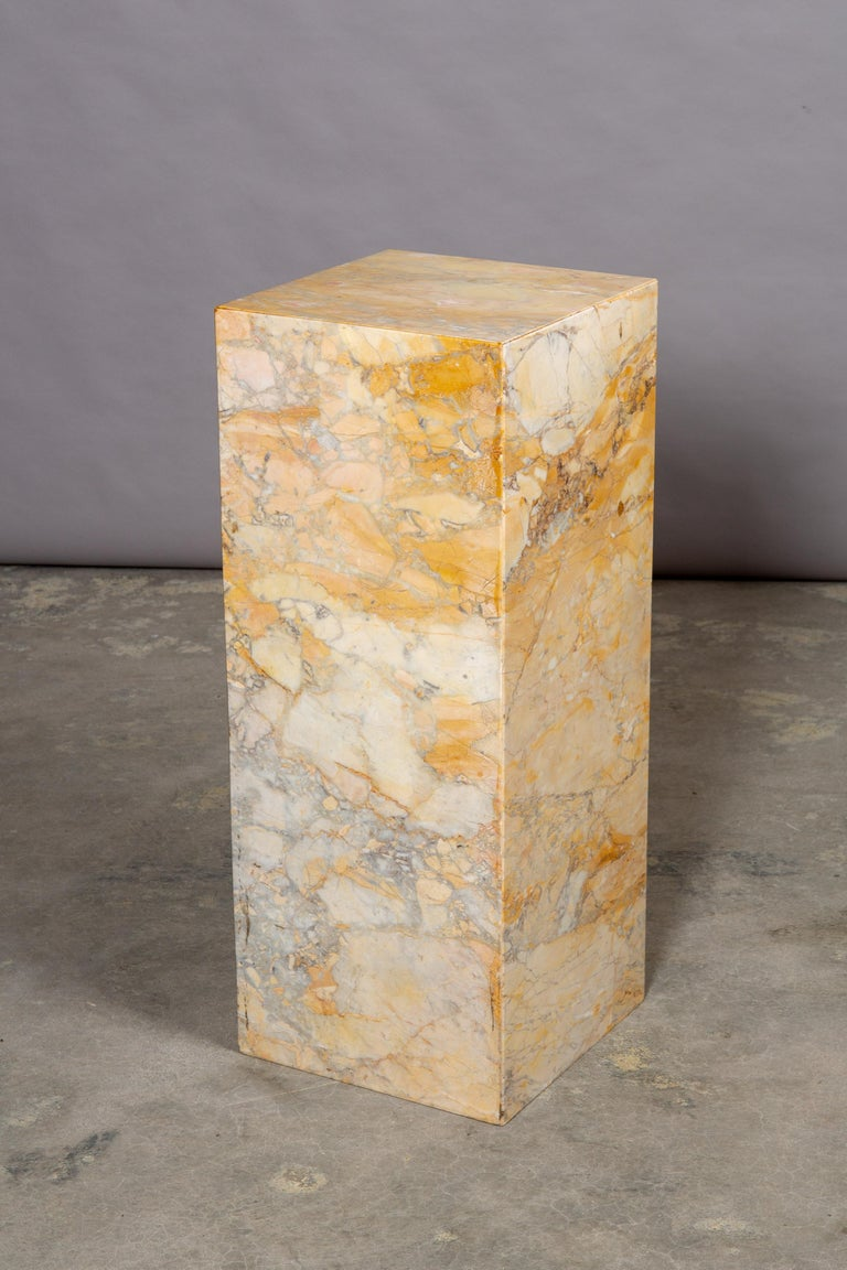 Ochre and Tan Midcentury Marble Italian Pedestal For Sale 1
