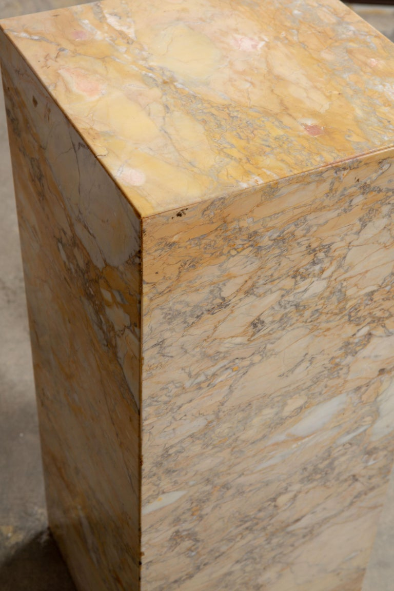 Ochre and Tan Midcentury Marble Italian Pedestal For Sale 4